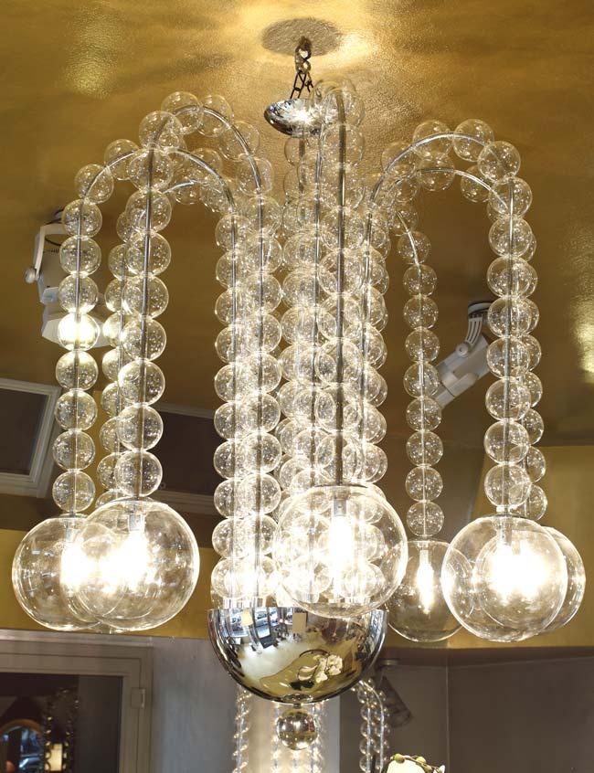 lampadario di vetro soffiato